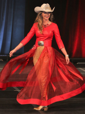 Miss Rodeo Arkansas 2017, Libby Lohnen in gold glitter metallic leather pants